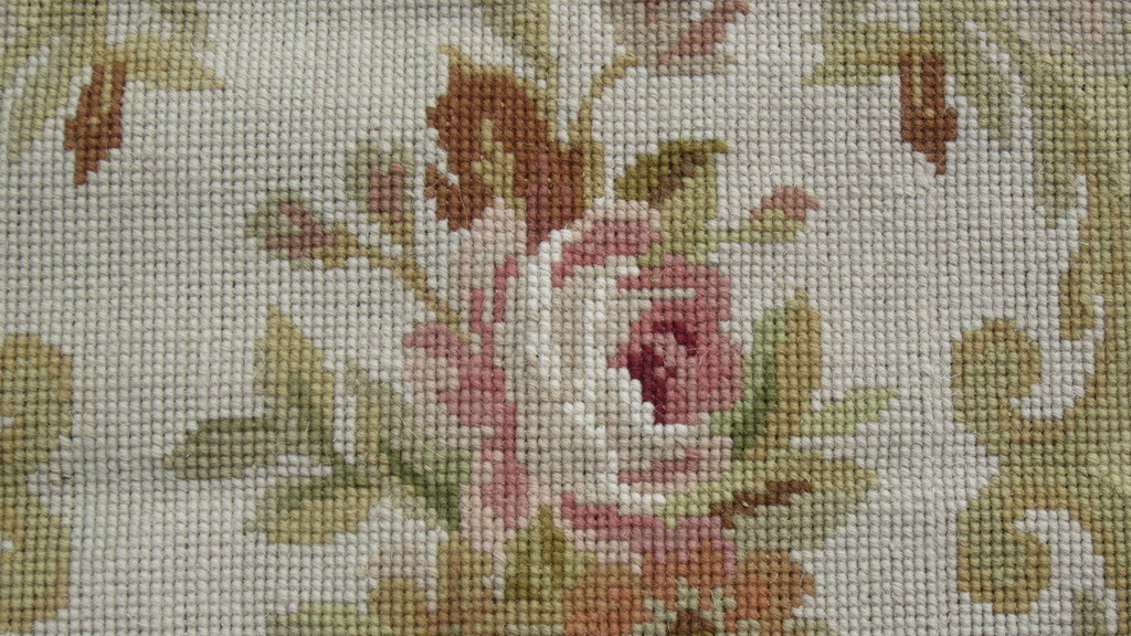 needlepoint-rugs-quality